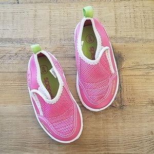 Size 5/6 Speedo Toddler Pink Swim Shoes